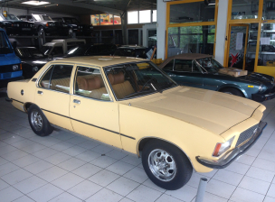 Opel Commodore Beige (230) (1)