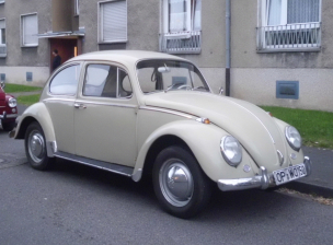 VW Kafer Beige (290) (1)